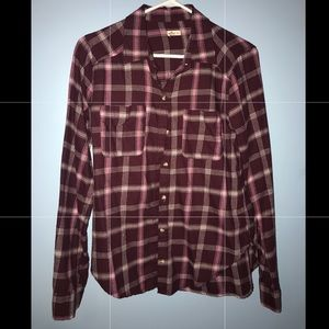 Hollister flannel 💓